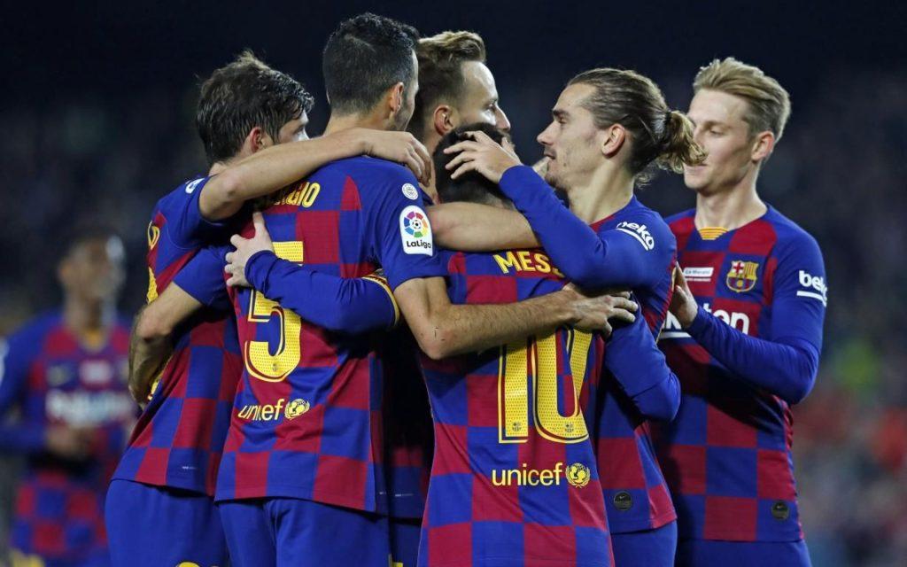 Los jugadores del Barcelona deciden reducir su sueldo