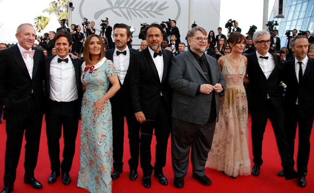 Salma Hayek, González Iñárritu y Del Toro impulsan fondo de apoyo a trabajadores del cine