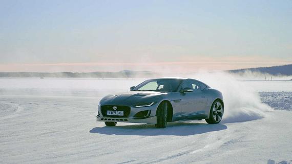 Un dúo inesperado: Jaguar UK y Sky Media se unen para contarte cómo diseñan autos