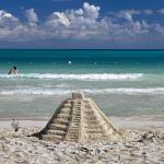 Así será la nueva normalidad en las playas de México