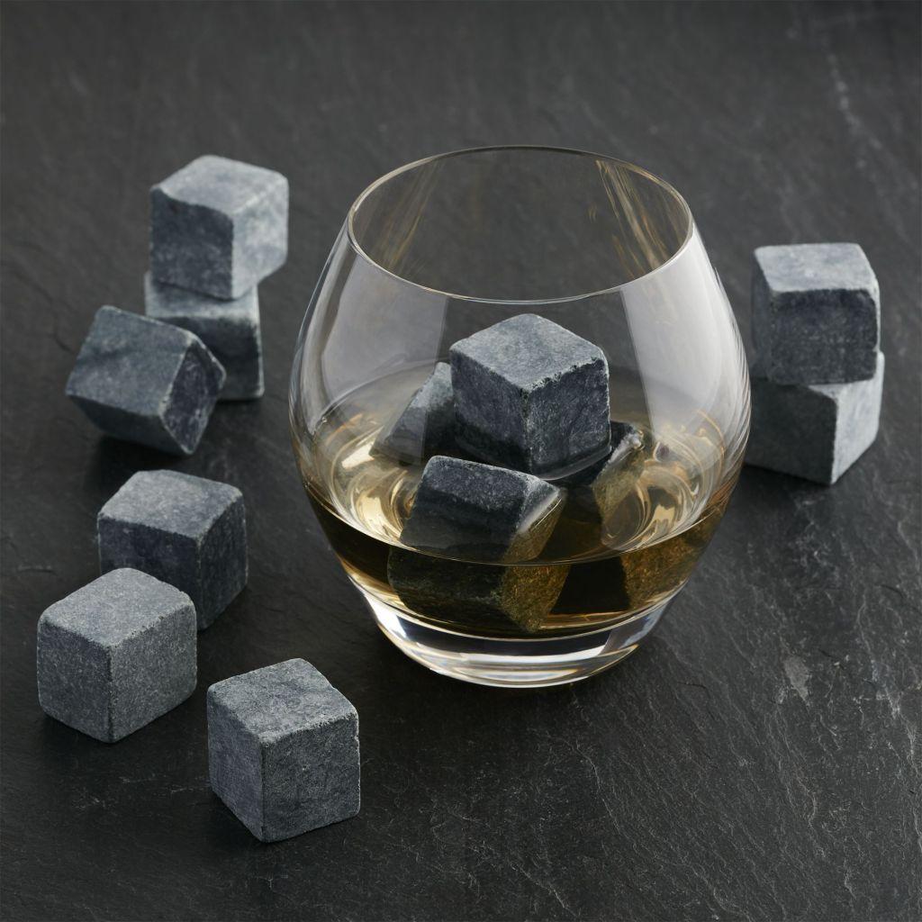 Piedras de whisky, lo que necesitas para disfrutar tu bebida, verdaderamente, on the rocks
