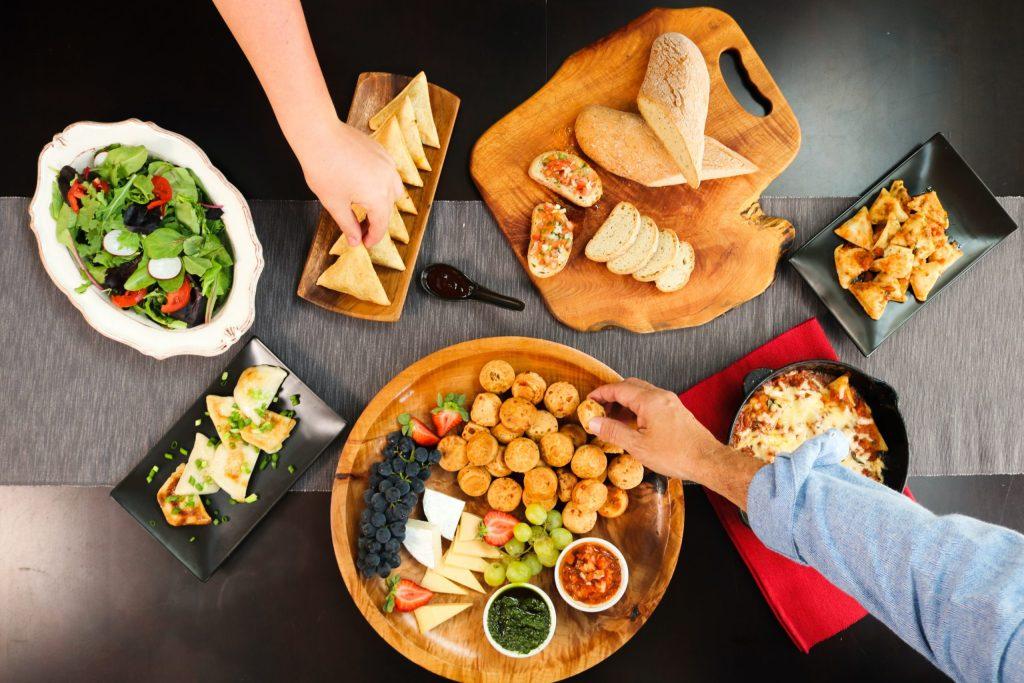¿Olvidaste la cena de fin de año? Aquí unas ideas para salvar la noche