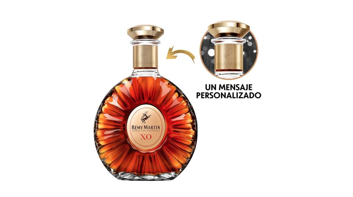 Descubre dónde y cómo personalizar una botella de Rémy Martin XO para regalar