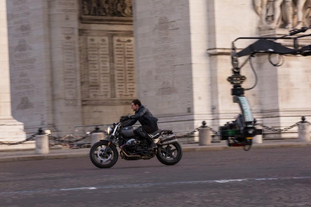 Tom Cruise y su impresionante colección de motos, más allá de la pantalla grande