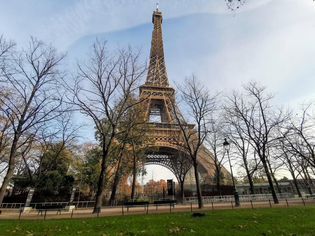 La emblemática Torre Eiffel brillará como el oro para los Juegos Olímpicos de 2024