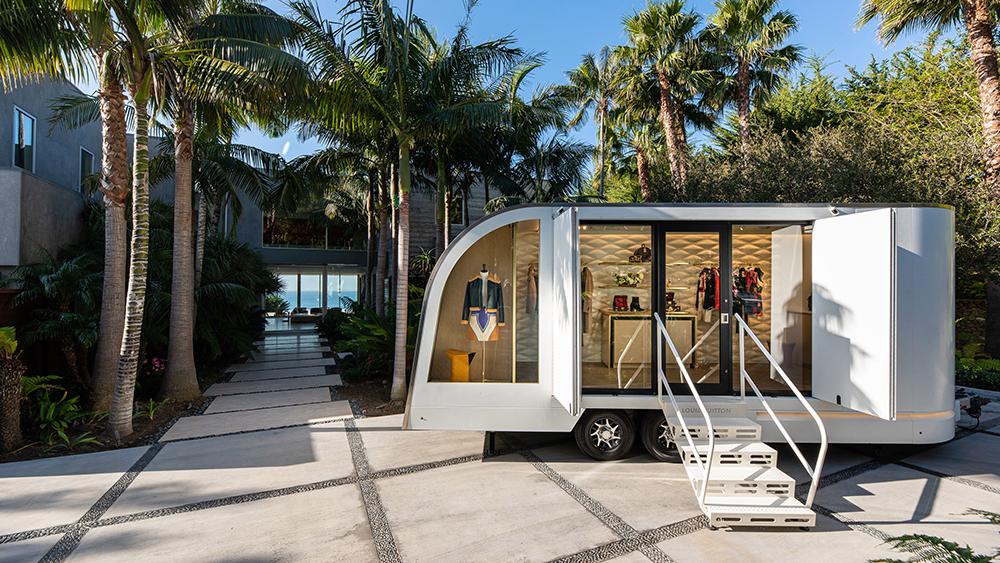 Compras de lujo sin salir de casa, ¿qué te parece Louis Vuitton a domicilio?