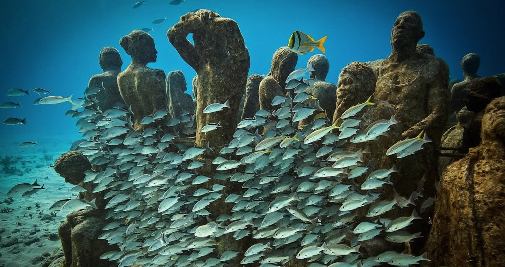 Conoce el museo submarino de Cannes ¡10 toneladas de arte sumergidas frente a la isla Santa Margarita!