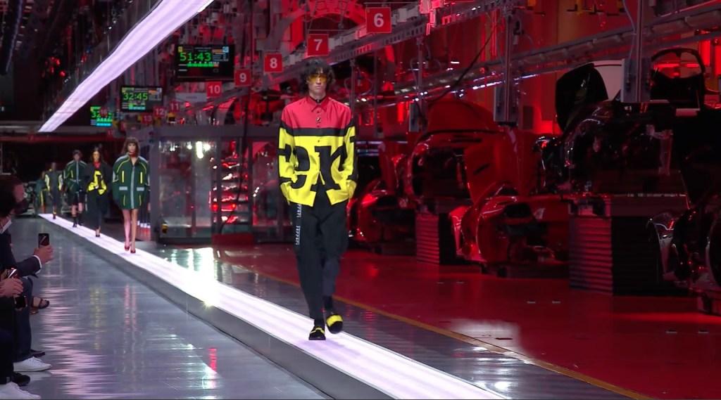 De las pistas a las pasarelas, Ferrari presenta su primera colección de ropa