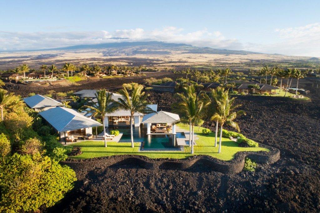 Esta villa hawaiana fue construida sobre un terreno muy peculiar, lava cristalizada