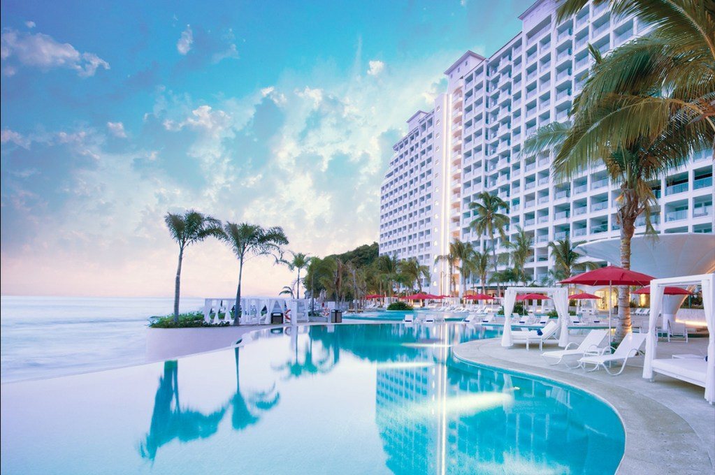 Entre la playa y la selva, se inaugura Hilton Vallarta Riviera All-Inclusive Resort