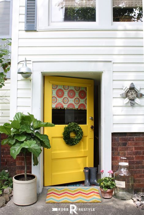 front door paint color that is guaranteed not to fade