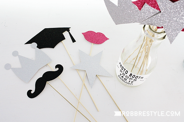 DIY graduation party photo booth props
