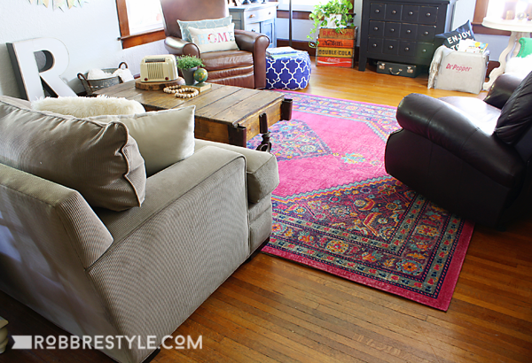 Affordable rugs in bold color for neutral home decor