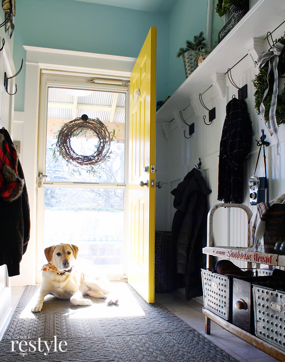 Labrador Farmhouse Entryway