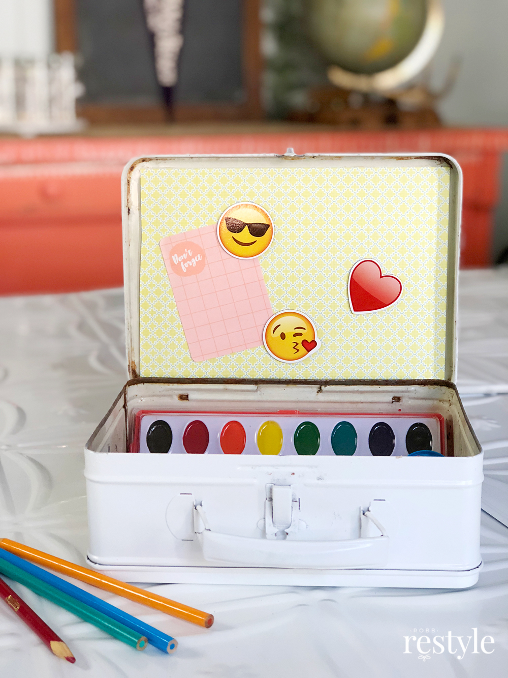 DIY Upcycle Art Box School Supplies