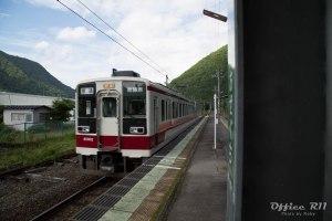 野岩鉄道といえども、東武の車両