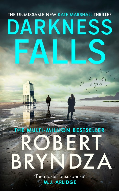 Darkness Falls (Kate Marshall #3) Pre-order U.K Commonwealth edition