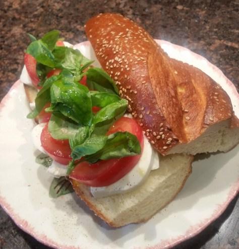 sandwich - mozzerella