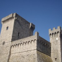 "TUSCANY: THE MEDIEVAL FORTRESS, AMAZING SET OF ""THE PRINCESS"" e-BOOK AND SHORT FILM"