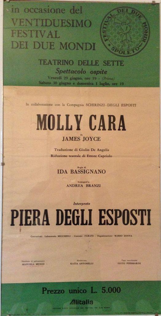 locandina di Molly cara, con Piera Degli Esposti, regia Ida Bassignano
