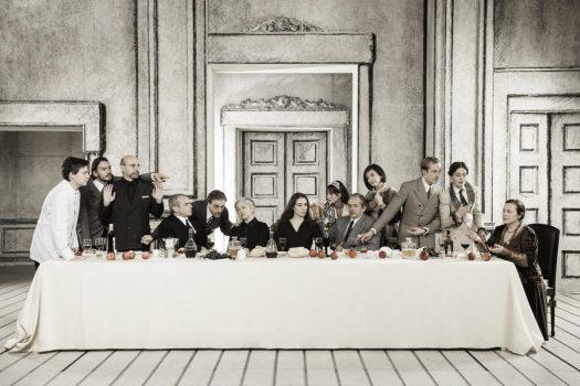 Così è (se vi pare) - Teatro Stabile Torino. Regia Filippo Dini