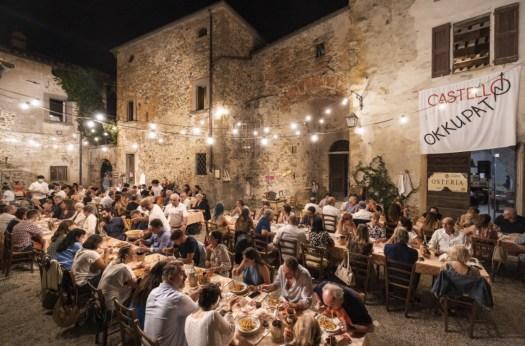 Tovaglia a quadri 2021 - Castello di Sorci (Anghiari)