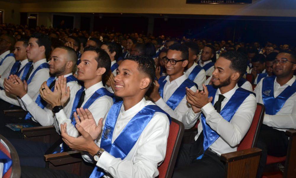 ITLA gradúa 379 nuevos profesionales tecnológicos