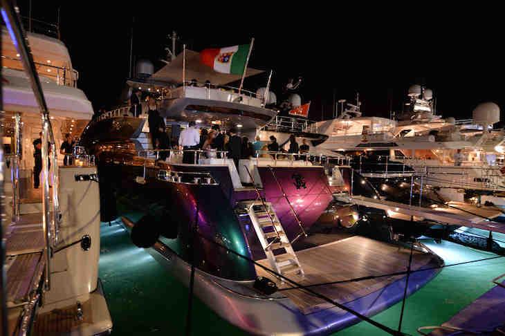 RC Yacht
