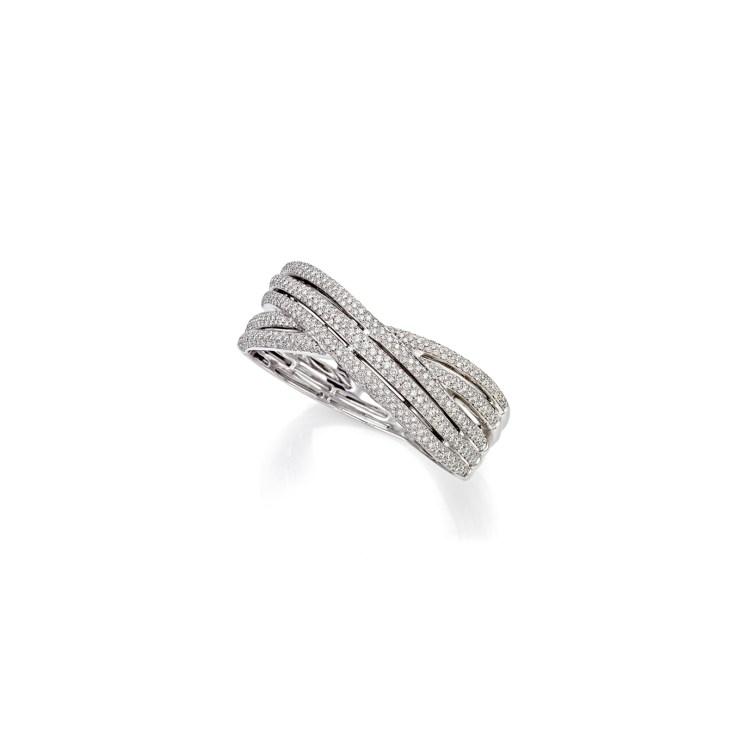 Bracciale rigido in oro bianco 18 carati con diamanti taglio brillante per un totale di crca 6ct