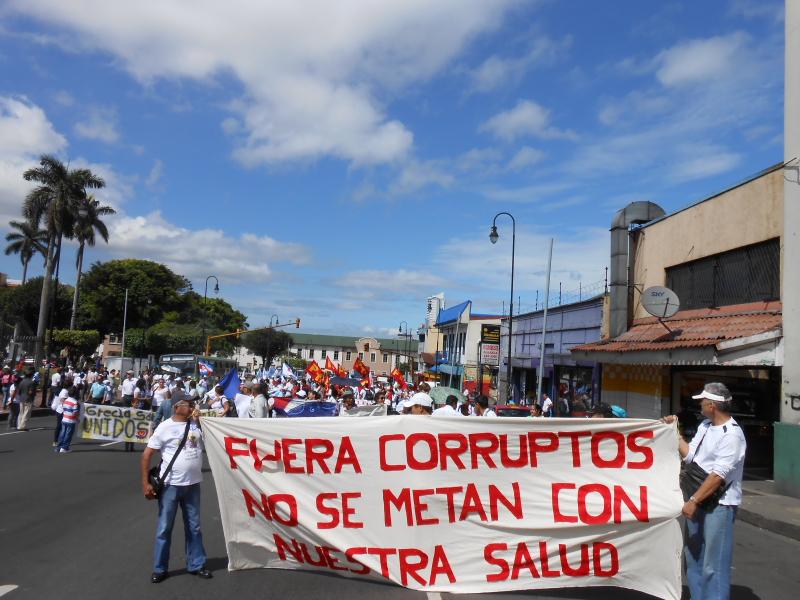 """Se nombra a dedo en la CCSS a Luis Rivera Cordero, sin cumplir requisitos, """"Siguen los Gerentes haciendo de las suyas"""""""
