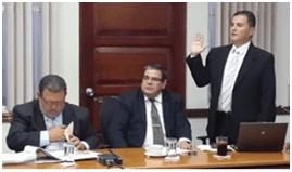 Dr Douglas Montero Director del Hospital México, falta a la verdad en la Comisión de la Asamblea Legislativa.