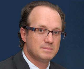 Luis Mesalles Jorba, como tesorero de 5 empresas implicadas, adeudan ₵26 millones. Solicito su renuncia de la mesa de diálogo de la CCSS.