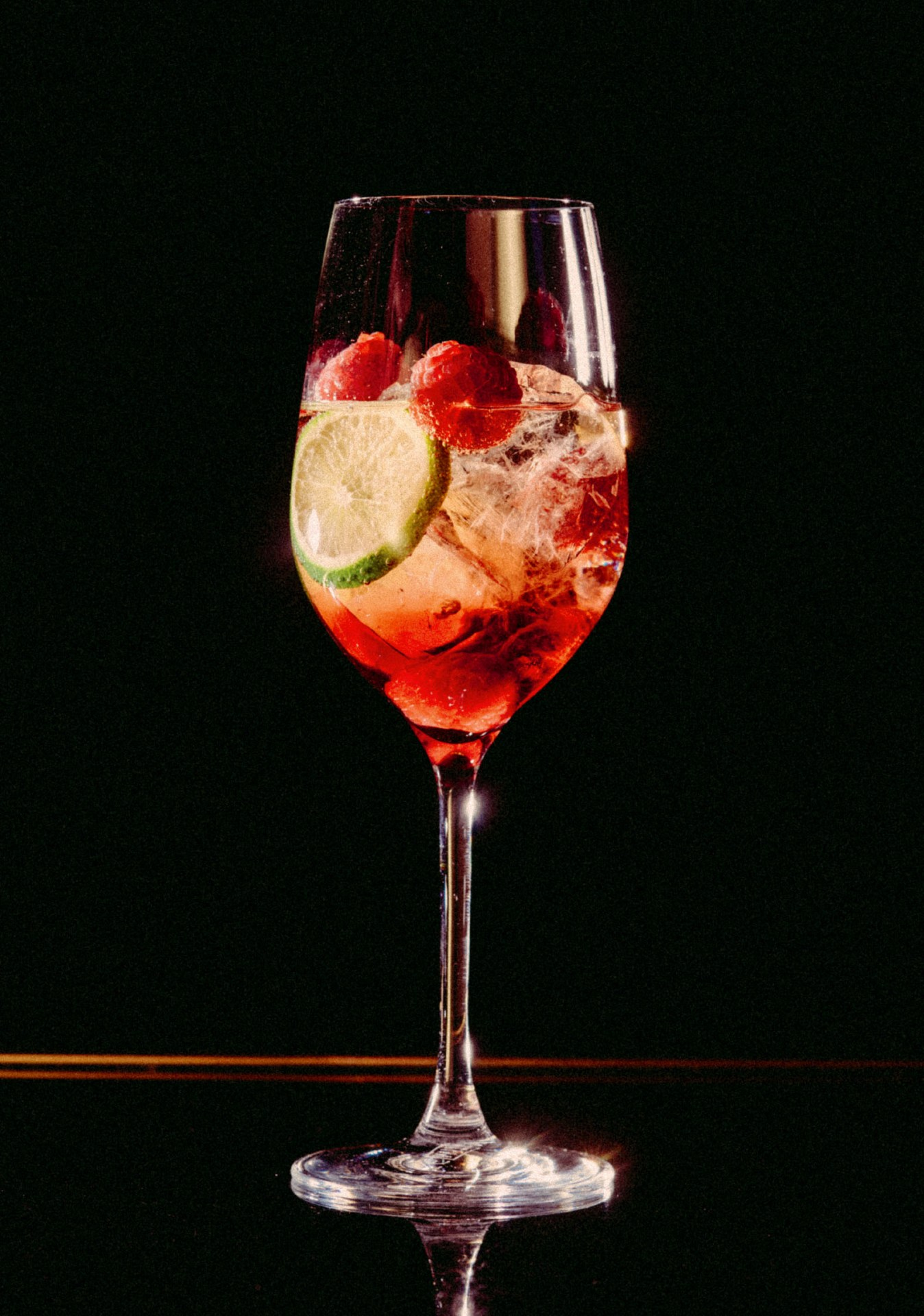 Recipe: 2cl Chambord 1cl St. Germain Filled with Alexandra Rosé