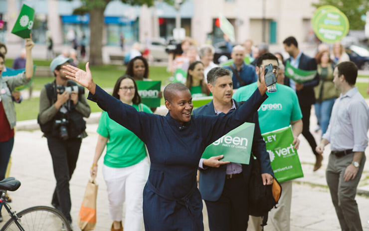Annamie Paul campaigns for the Green Party in Canada's federal elections, October 2019. (Rebecca Wood)
