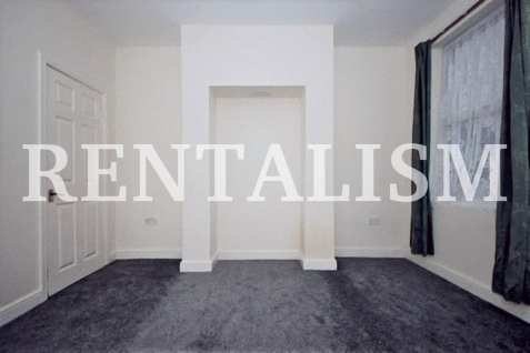 rentalism-photography-the-existential-misery-of-renting-robert-what-30