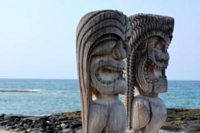 City-of-refuge-statues