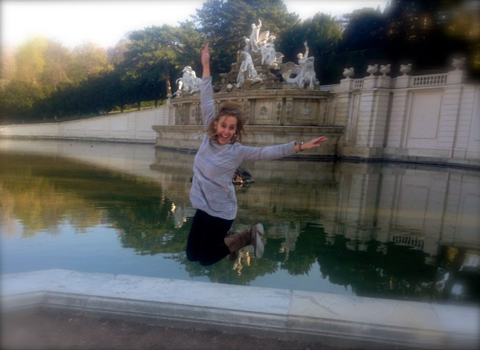 Doing #TheRobin in Vienna, Austria at Schönbrunn Palace