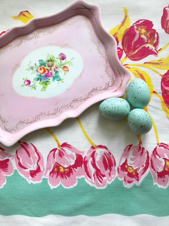 Vintage Tray & Eggs