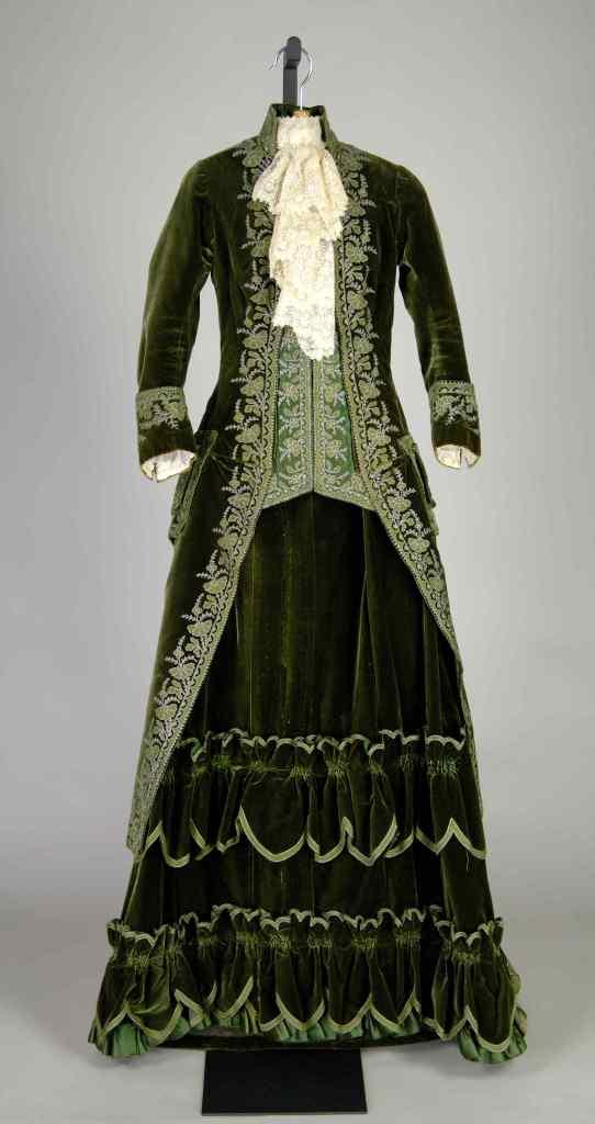 1888 Olive Velvet with Metallic Thread