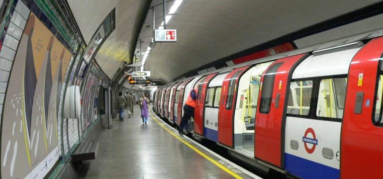 Close encounter on the Tube