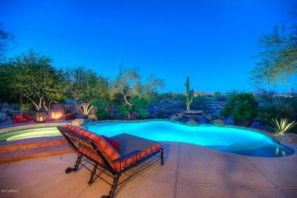 scottsdale-pool-view