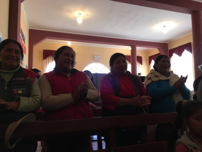 They sang together and all the mom's sang in 3 languages! Spanish, then Quechua y Aymara