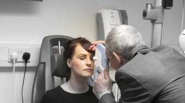 robinson-optometrist-tonometry