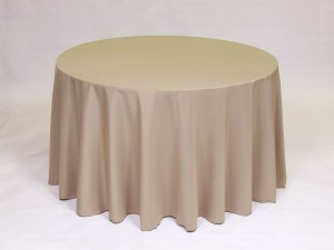 Cafe tablecloth, linen and napkin rentals in Hudson and Framingham, MA