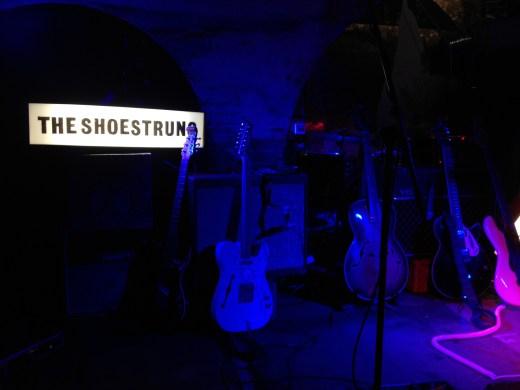 shoestrung lightbox onstage