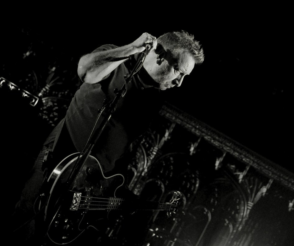 PH & The LIght by Man Alive! https://www.flickr.com/photos/24365773@N03/8193359296
