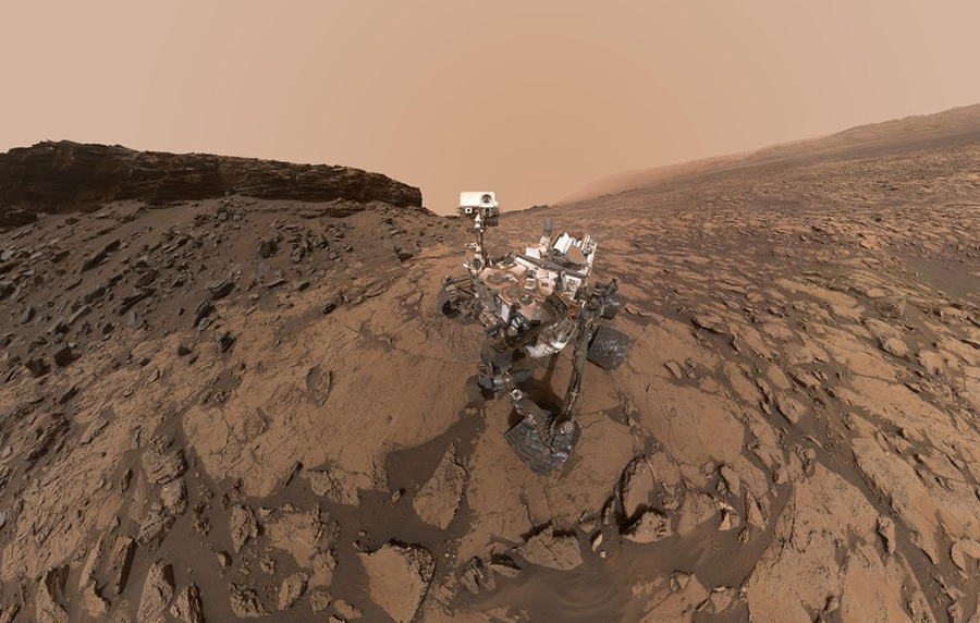 "This self-portrait of NASA's Curiosity Mars rover shows the vehicle at the ""Quela"" drilling location in the ""Murray Buttes"" area on lower Mount Sharp. Image credit: NASA/JPL-Caltech/MSSS"