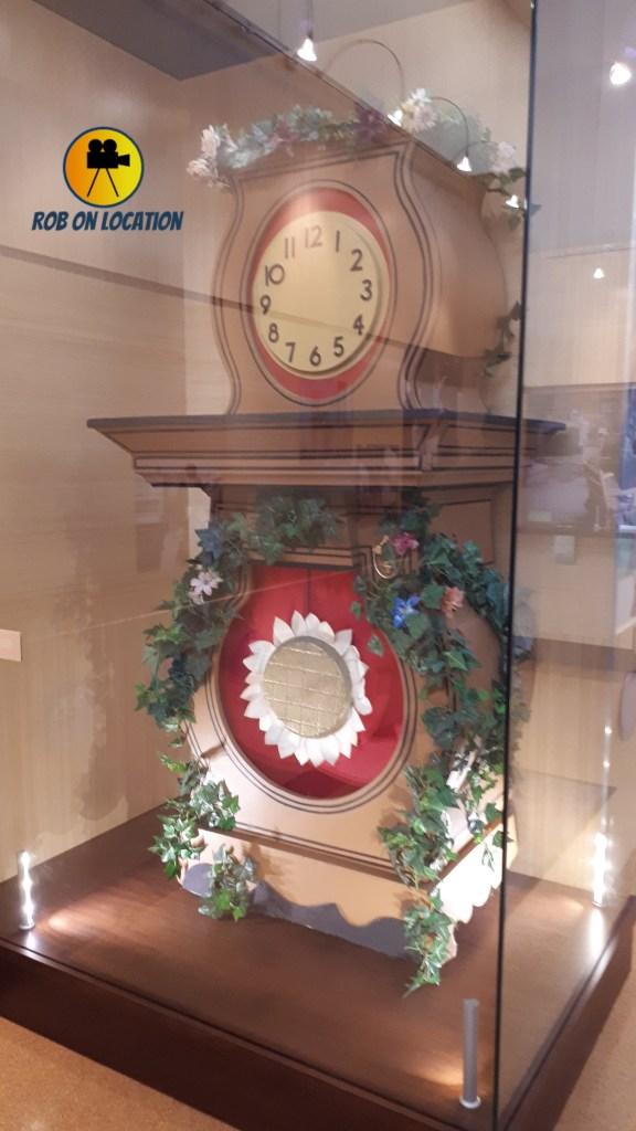 Mister Rogers Neighborhood clock