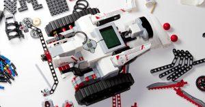 Middelbare school start met module robotica