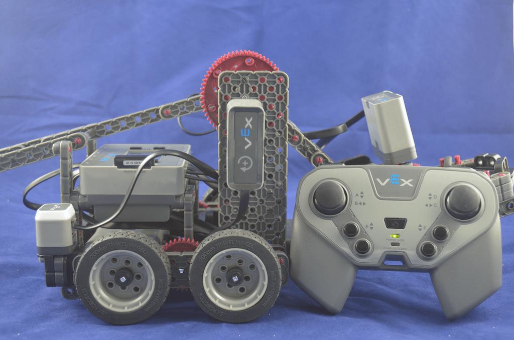 vex-iq-clawbot-side